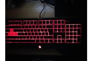 Продам в идеальном состоянии клавиатуру Bloody B 110