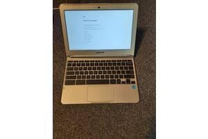Samsung XE303C12-A01US Chromebook нетбук