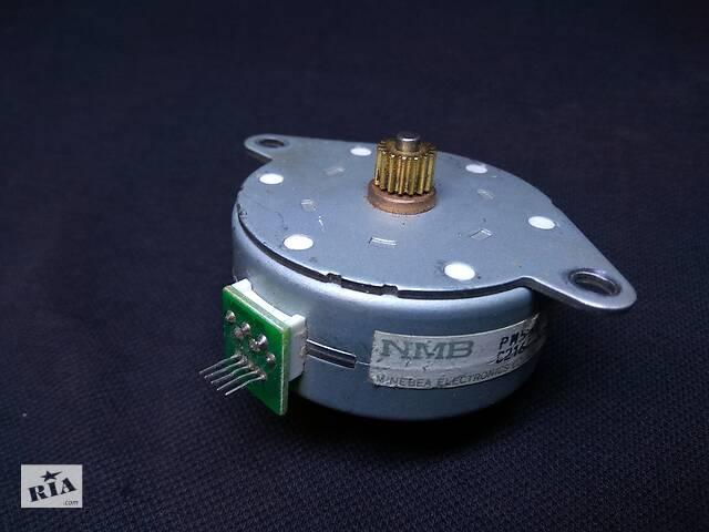 купить бу  Шаговый двигатель NMB pm55l-048-HP69. Б/У в Запорожье