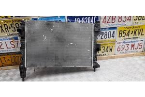 CV6Z8005W - Б/у Радиатор охлаждения двигателя на FORD FOCUS III 1.0 EcoBoost 2015 г.