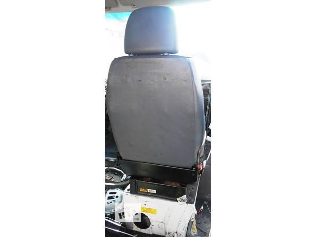 бу Cиденье переднее одинарное, двойное 2.2, 2.7 CDi Mercedes Sprinter 903, 901 (96-06гг) 208 - 616 в Ровно