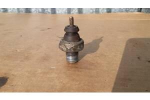 Датчик давления давления масла 59160 б/у на Форд Ford Fiesta 89 оригинал