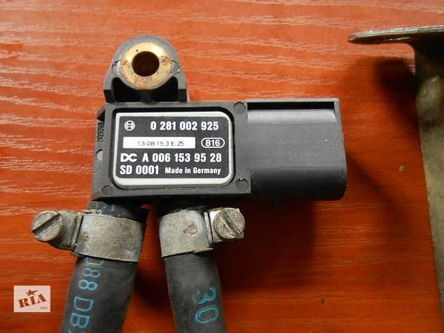купить бу Датчик давления, тиску Mercedes Sprinter 906, 903 (215, 313, 315, 415, 218, 318, 418, 518) 1996-2012 в Ровно