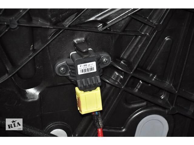 продам Датчик подушки безопасности дверь прав Kia Forte 4d 14-18 95920-0U000 разборка Алето Авто запчасти Киа Форте бу в Киеве