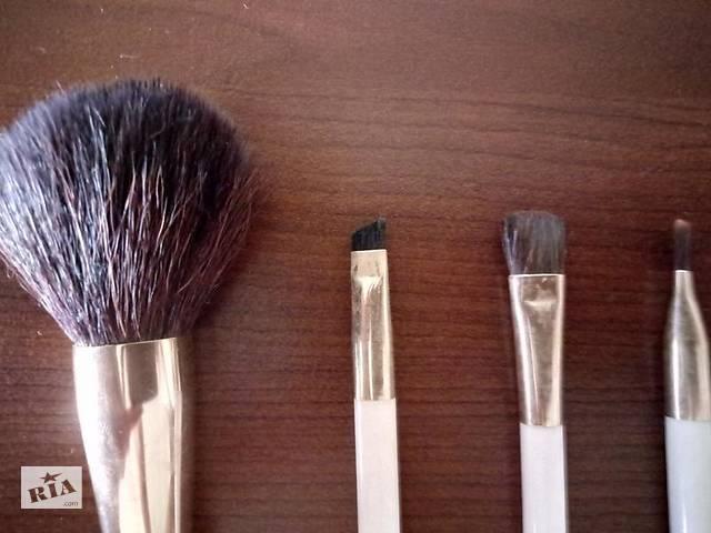 Набор кисточек для макияжа collistar