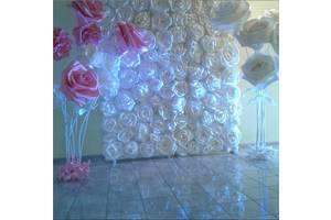 Декор великими квітами