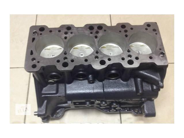 бу Детали двигателя Блок двигателя Hyundai Santa FE 2.0 в Ужгороде