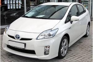б/у Бамперы передние Toyota Prius