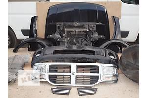 Фары Dodge Nitro