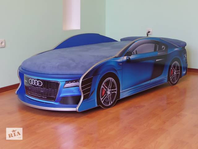 продам Детская кровать машина audi, цвет синий бу в Кременчуге