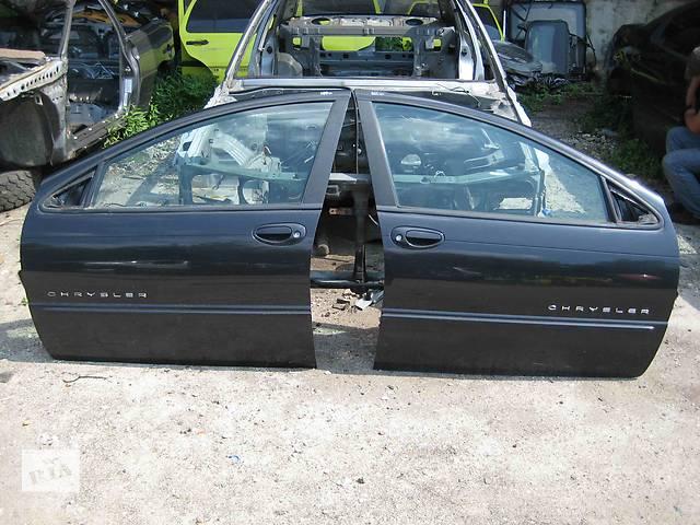 купить бу  Дверь передняя для легкового авто Chrysler 300 в Львове