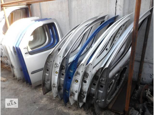 купить бу Дверь передняя (правая) Фиат Добло Fiat Doblo 2000-2009 1.3 1.4 1.6 1.9 в Ровно