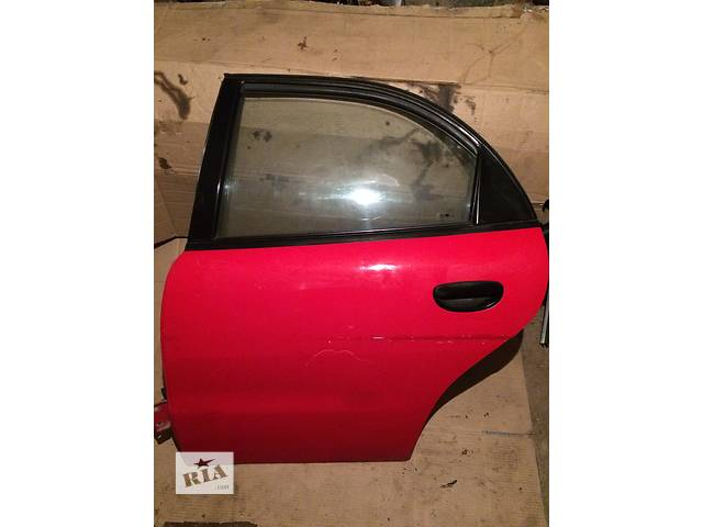 купить бу Дверь передняя Задняя Зеркала Стекла Daewoo Nubira в Луцке