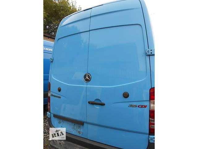 купить бу Дверь задняя Mercedes Sprinter 906, 903 (215, 313, 315, 415, 218, 318, 418, 518) 1996-2012 в Ровно