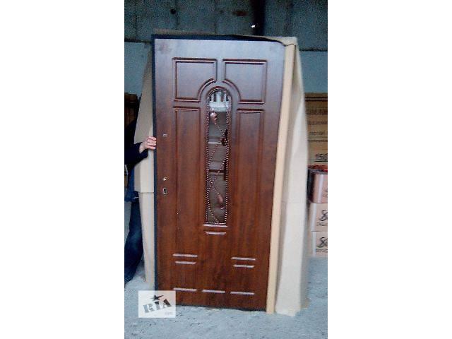 купить бу Двери входные! в Львове