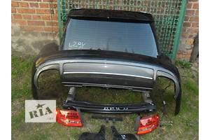 кришки багажника Audi RS4
