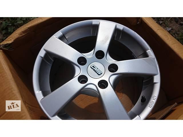 купить бу Диски литые VW Caddy R15 +Зимняя Летняя 195.65 15 в Бердичеві