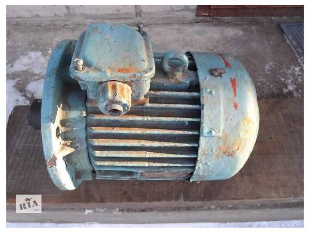 бу Электродвигатель 3.2 кВт 1340 об/мин 220/380  в Черкассах