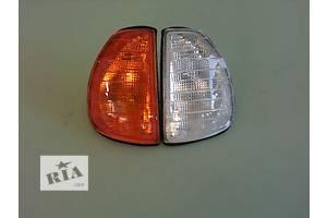 Поворотники/повторители поворота Mercedes 123