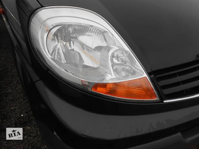 бу Фара фари правая левая, права ліва Renault Trafic Рено Трафик Opel Vivaro Опель Виваро Nissan в Ровно