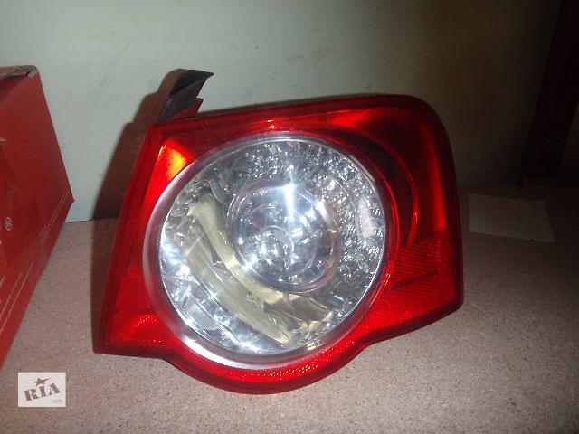 купить бу фонарь задний для седана Volkswagen B6, 2006 в Львове