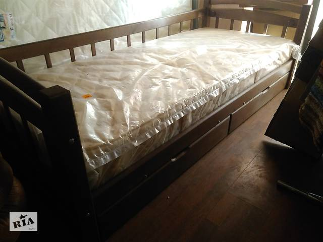продам Дерев'яне ліжко Соло бу в Ровно