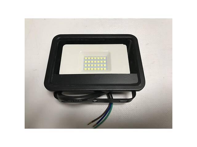 бу Светодиодный прожектор со встроенным датчиком движения PREMIUM SLS16-10 10W 6500K IP65 Код.59711 в Киеве