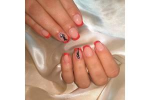 Нарощування нігтів акрилом