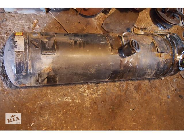 бу балон пропан бутан зовнішнє кріплення під кузовом виробник англія  на 84літра розмір 130смх30см циліндр в Чернівцях
