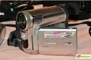 б/в Професійні відеокамери Panasonic