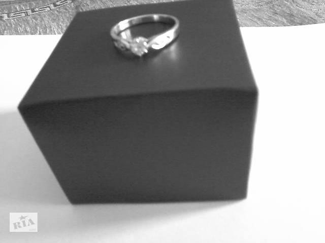 Золотое кольцо с бриллиантами. - объявление о продаже  в Киеве