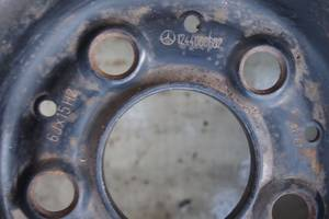 15 для Mercedes 124 1993рв оригинал цена 550гр за один есть 2 штуки проверенные на авто без трещин гарантия