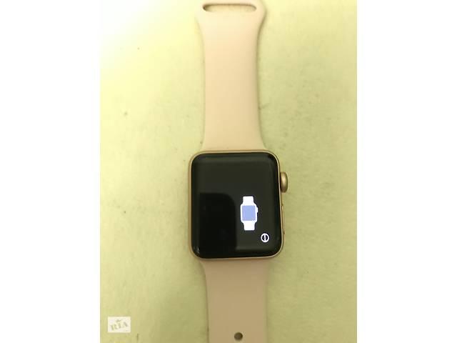 продам Apple Watch 38 мм 4 серия золотистого цвета   бу в Кривом Роге