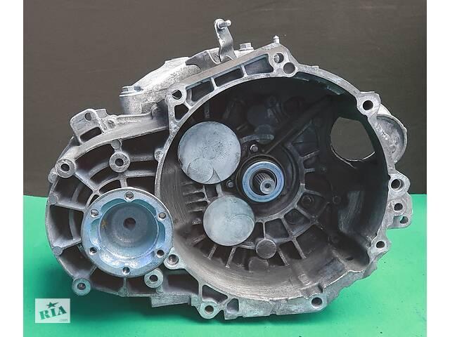 продам Vw Caddy 2.0 TDI 6 ступка 02Q №00114 бу в Львове