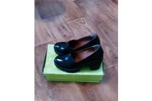 Купить кожаные туфли женские Vikttorio