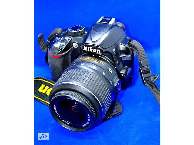 бу Фотоапарат дзеркальний Nikon D3100 в Чернівцях