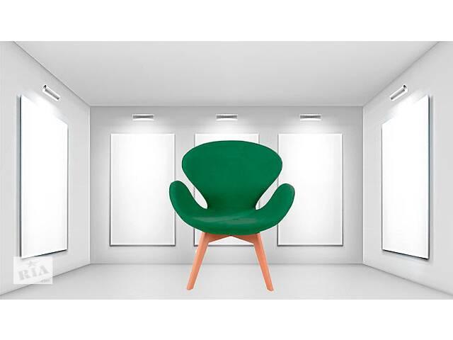 бу Кресло м& # 039; которое коричневое ножки дерево Сван Вуд Армз, зеленая ткань, пачворк в Днепре (Днепропетровск)