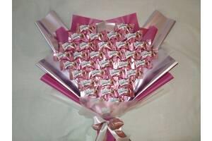 Букети з цукерок і не тільки
