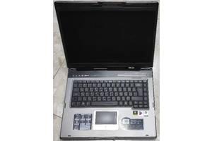 Ноутбук рабочий !!! + клавиатура в подарок.