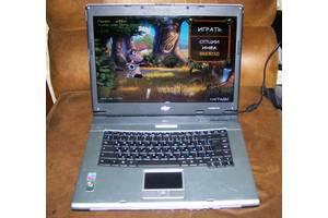 Ноутбук  для дома! в идеальном состоянии!! игры, фильмы, мультики и т.д ..