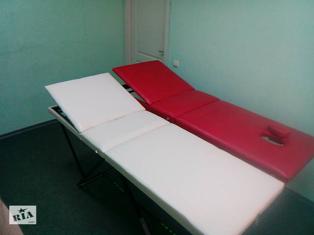 купить бу Універсальний масажно - косметологічний стіл в Харкові
