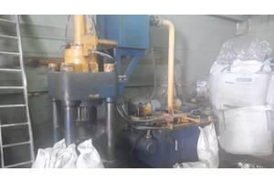 Гідравлічний прес для стружки металів Hua Hong Y83-250 2009 р.