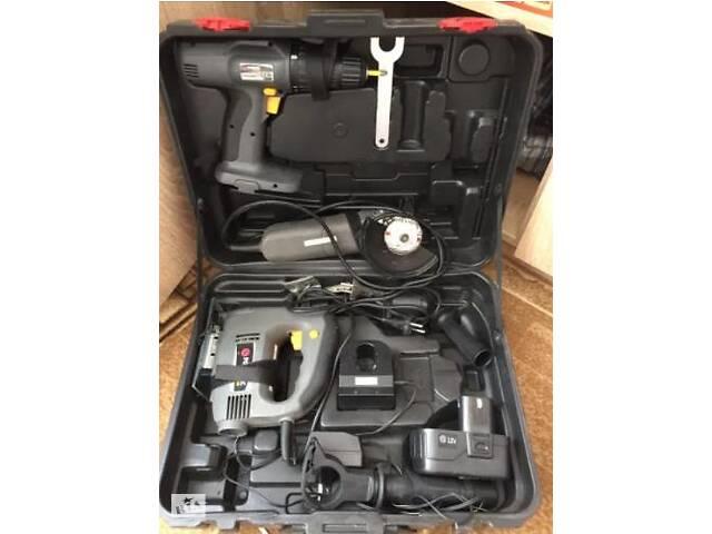 продам Продаётся набор инструментов Powertec (в транспортировочном чемодане) бу в Киеве