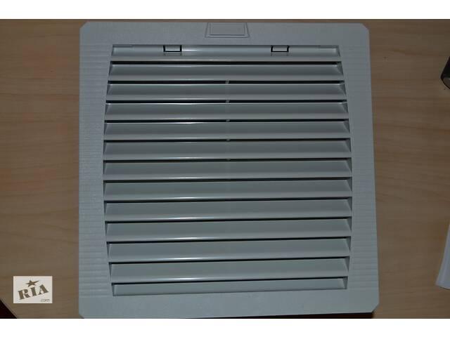 продам Промисловий вентилятор з повітряним фільтром/Schroff/60715-150 бу в Києві