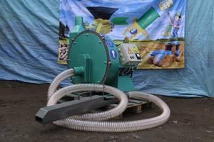 Зернодробарка самовсмоктуюча 18,5 кВт / 1800 кг годину. «Биоэкопром»