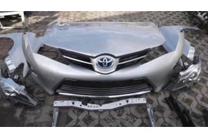 б/у Фары Toyota Auris