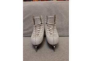Коньки RISPORT EXCELLENCE, 215 размер, лезвия MK ,белые, по стельке 20,5 см.