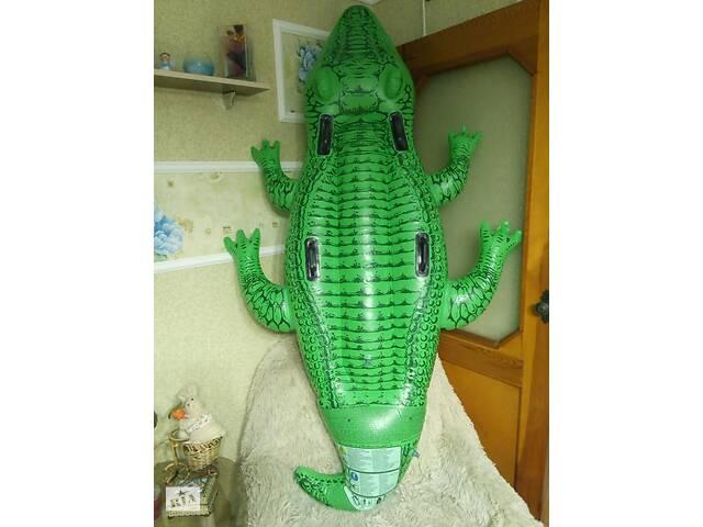 """продам Надувные плотики """"Крокодил"""", 203 х 114 см и """"Черепаха"""" 150х127см бу в Полтаве"""