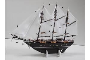 Парусник корабль модель