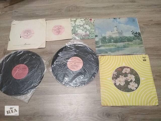 продам Пластинки разных размеров 7 шт. Мелодия, 10 грн. за все бу в Ромнах